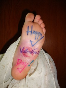 a foot that says Happy Valentine's Day